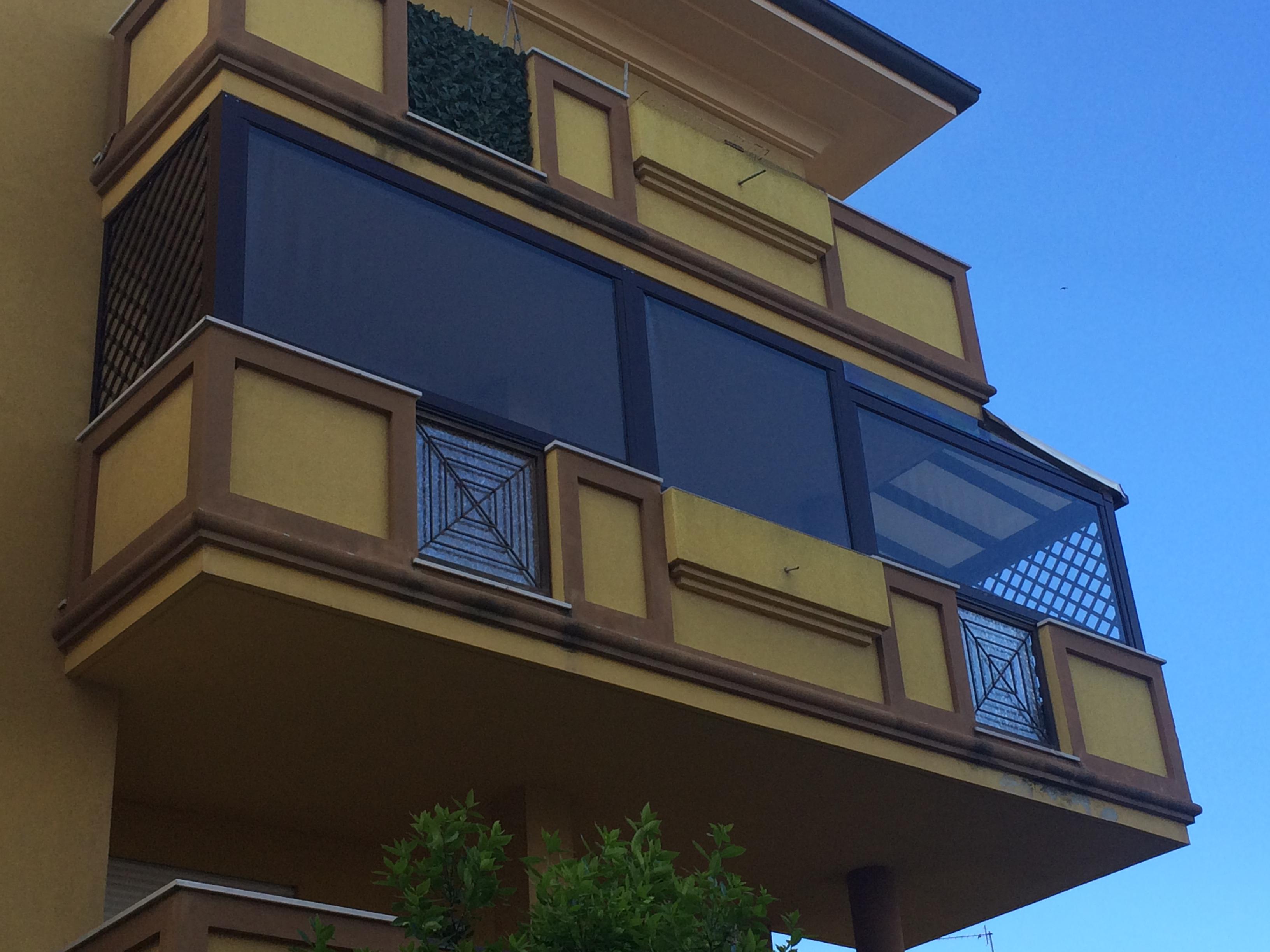 Rivestimenti per balconi, terrazzi e aree esterne