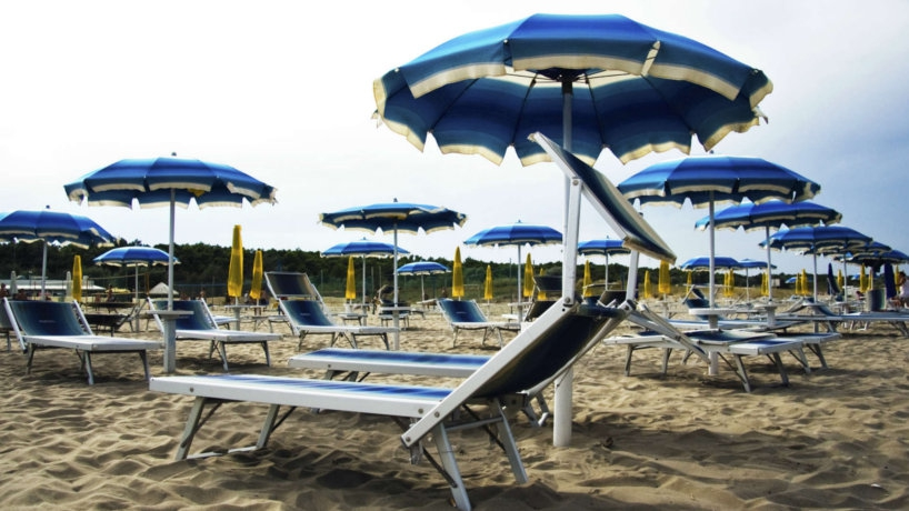 Camping sulla spiaggia di Marina di Ravenna Vacanza Campeggio fronte mare Ravenna Riviera Adriatica
