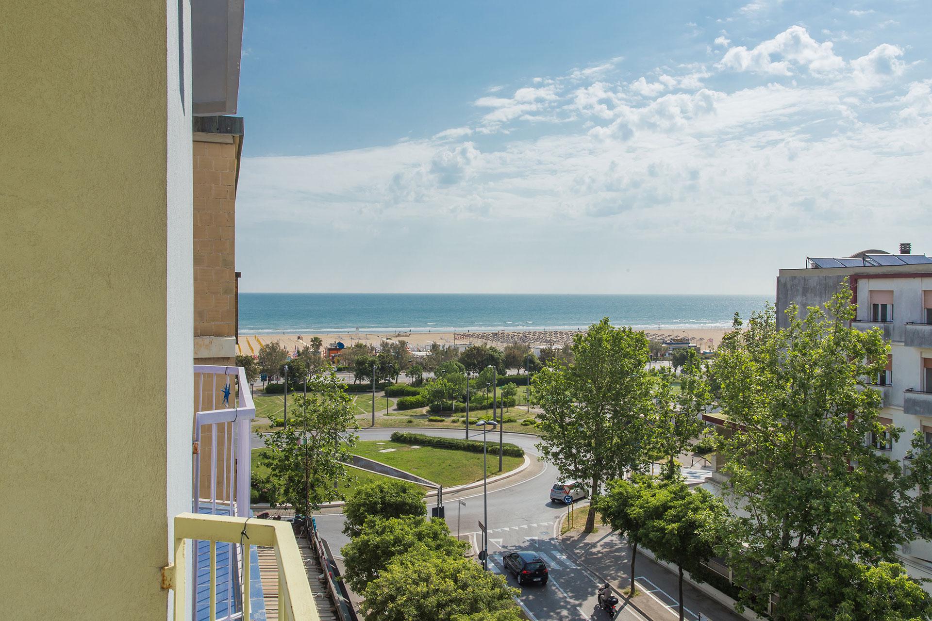 Offerte 23 - 30 maggio all inclusive a Rimini. Hotel 3 stelle tutto compreso!