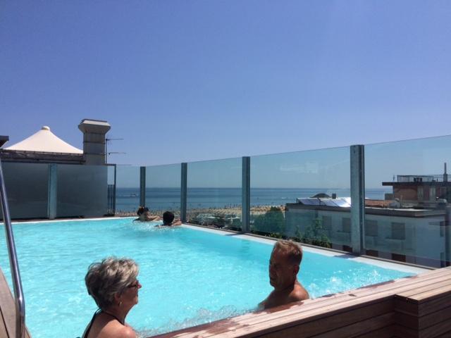 Offerte 29 maggio - 5 giugno all inclusive a Rimini. Hotel 3 stelle tutto compreso con bambini gratis